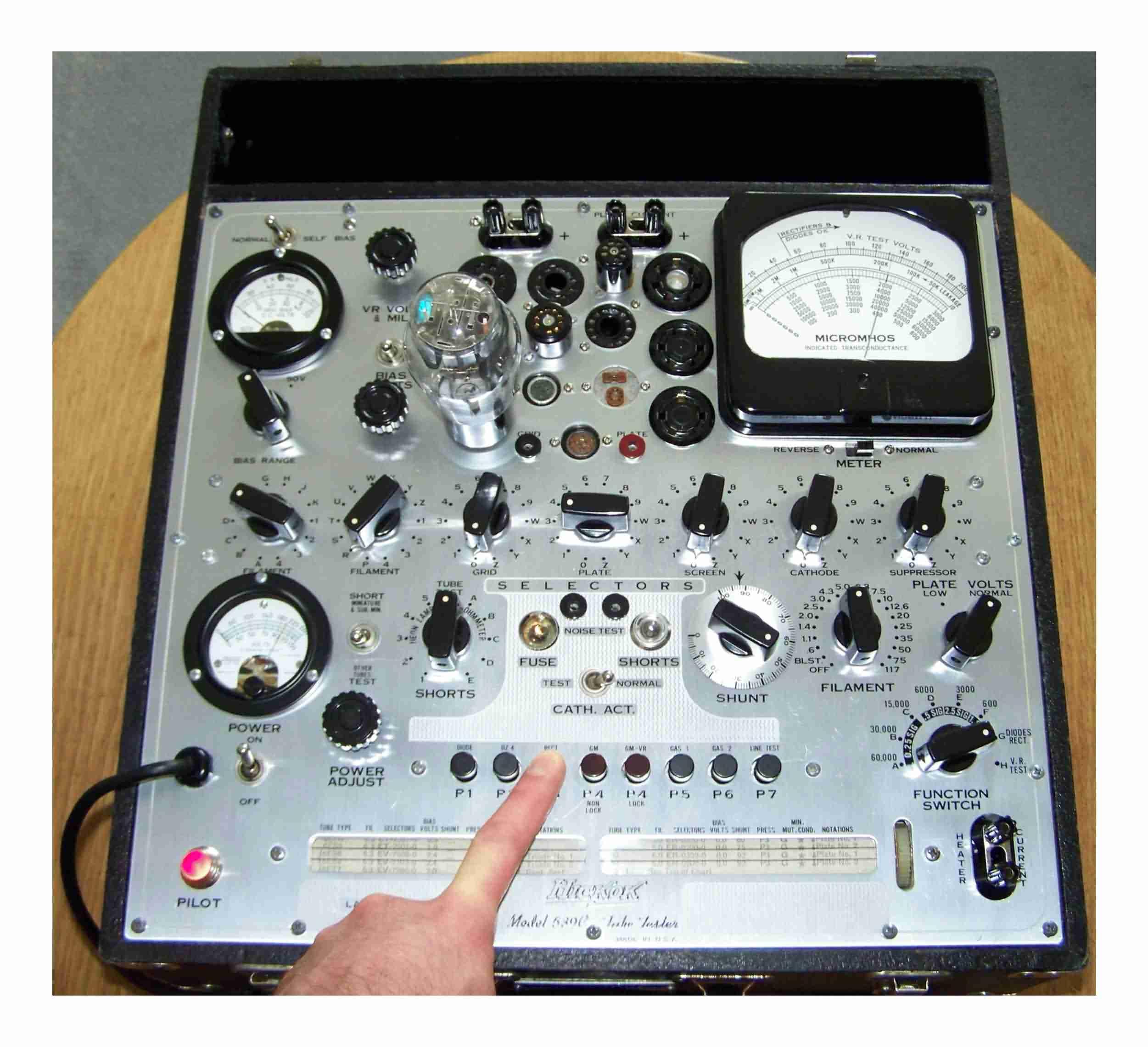 Hickok Model 539C tube tester