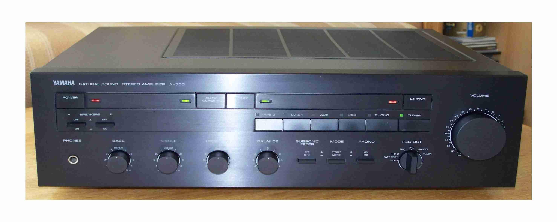 Yamaha%20A-700-2.jpg
