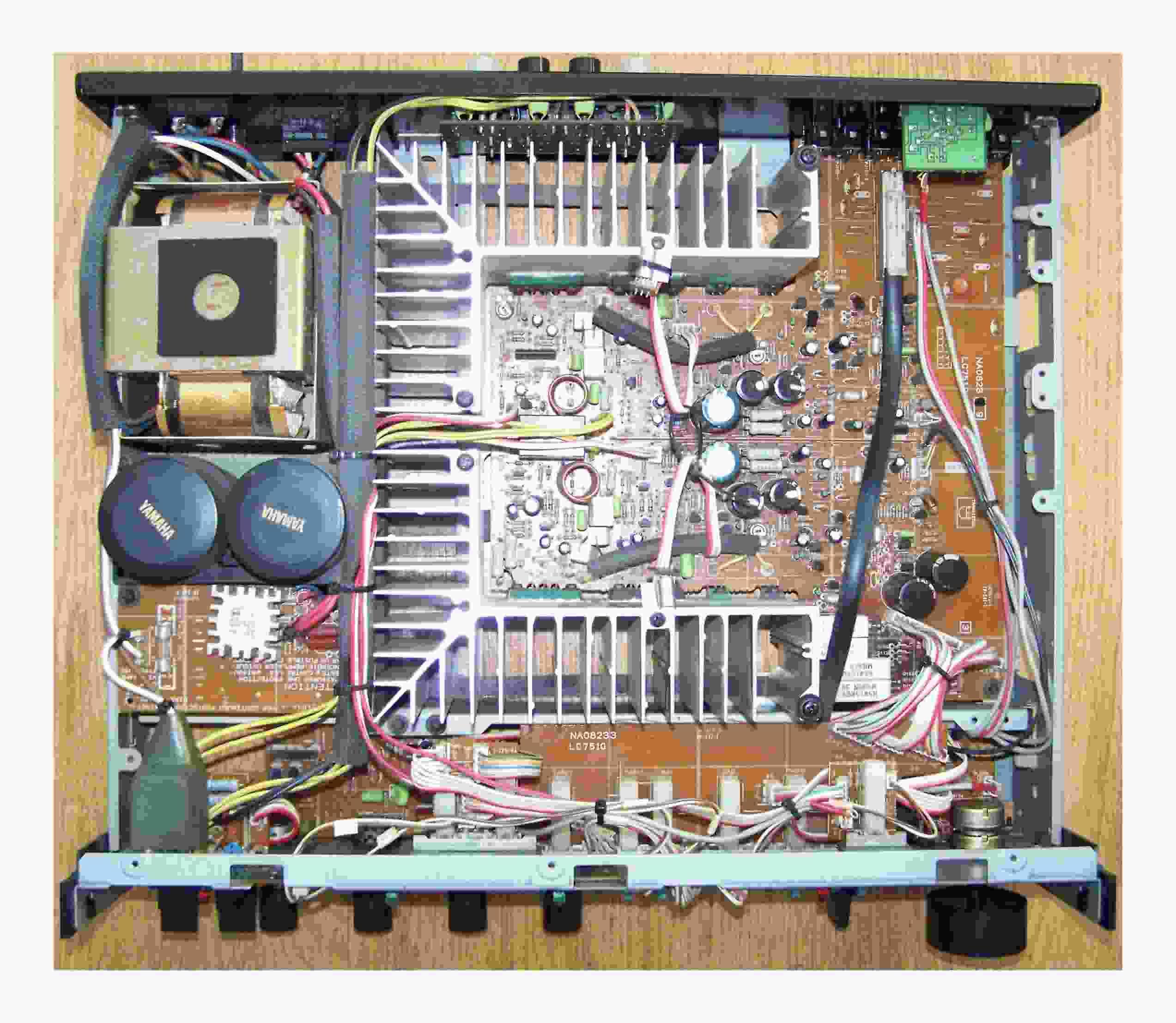 Yamaha%20A-700-R1.jpg